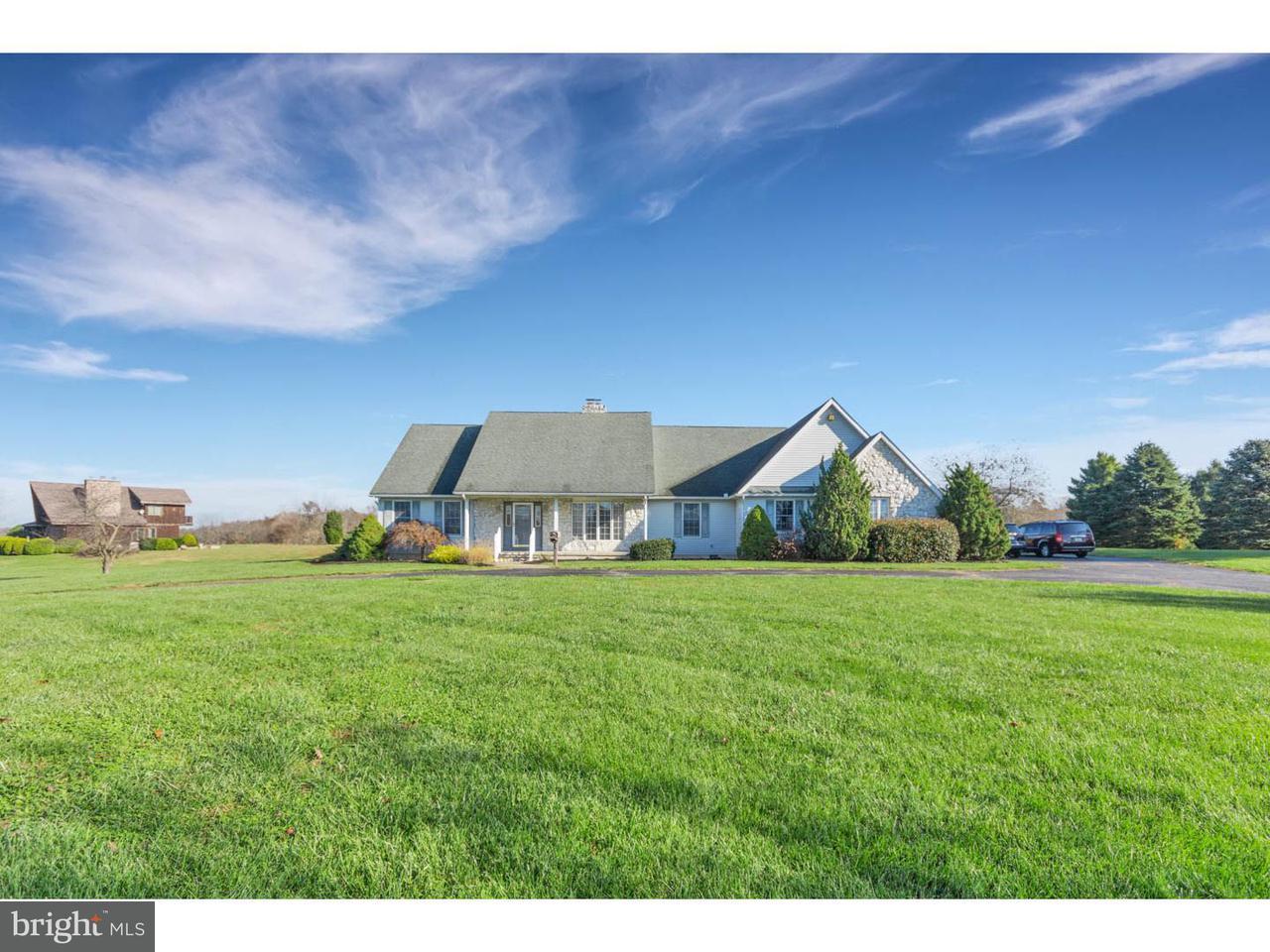 Частный односемейный дом для того Продажа на 242 WOODSTOWN DARETOWN Road Pilesgrove, Нью-Джерси 08098 Соединенные Штаты