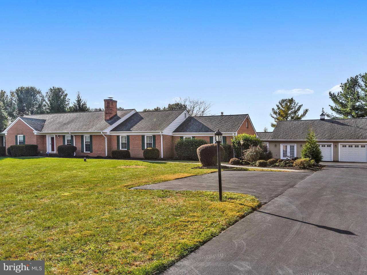Single Family Home for Sale at 14810 Kelley Farm Drive 14810 Kelley Farm Drive Germantown, Maryland 20874 United States