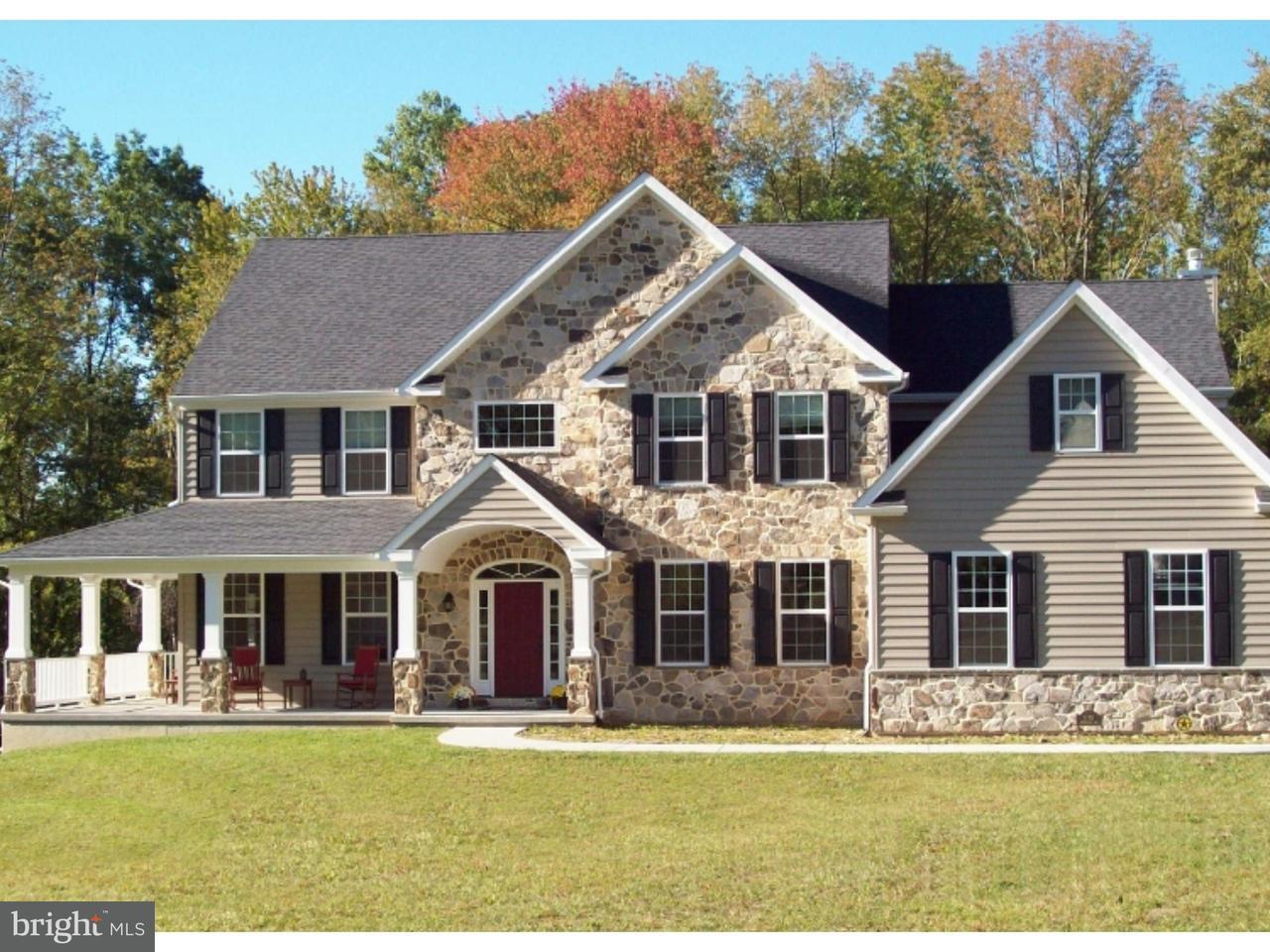 Частный односемейный дом для того Продажа на 173 INDIAN RUN Road Downingtown, Пенсильвания 19343 Соединенные Штаты