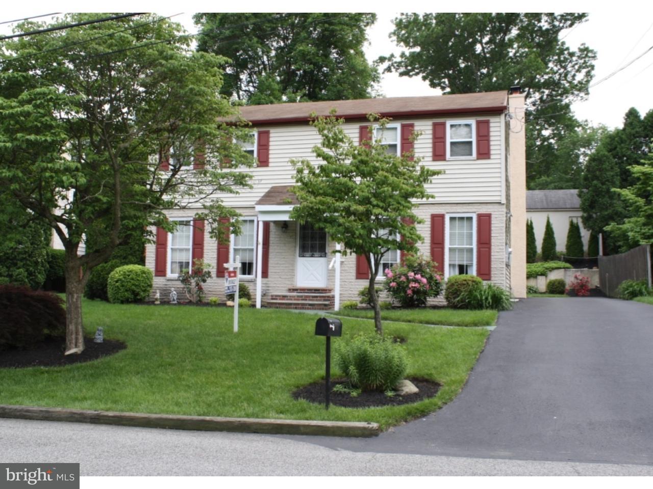Casa Unifamiliar por un Venta en 703 OXFORD Lane Wallingford, Pennsylvania 19086 Estados Unidos