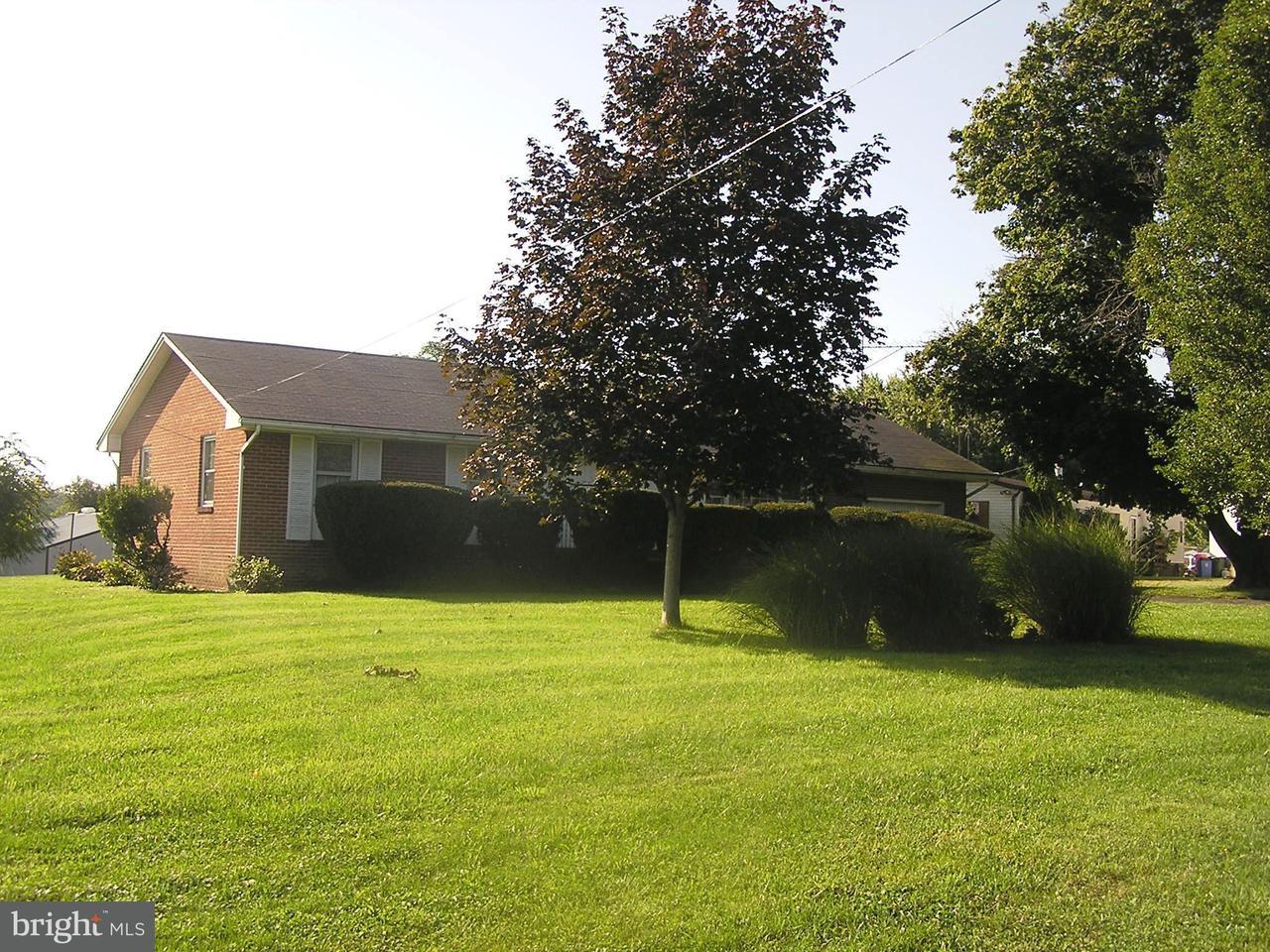 Μονοκατοικία για την Πώληση στο 2682 Martinsburg Pike 2682 Martinsburg Pike Stephenson, Βιρτζινια 22656 Ηνωμενεσ Πολιτειεσ