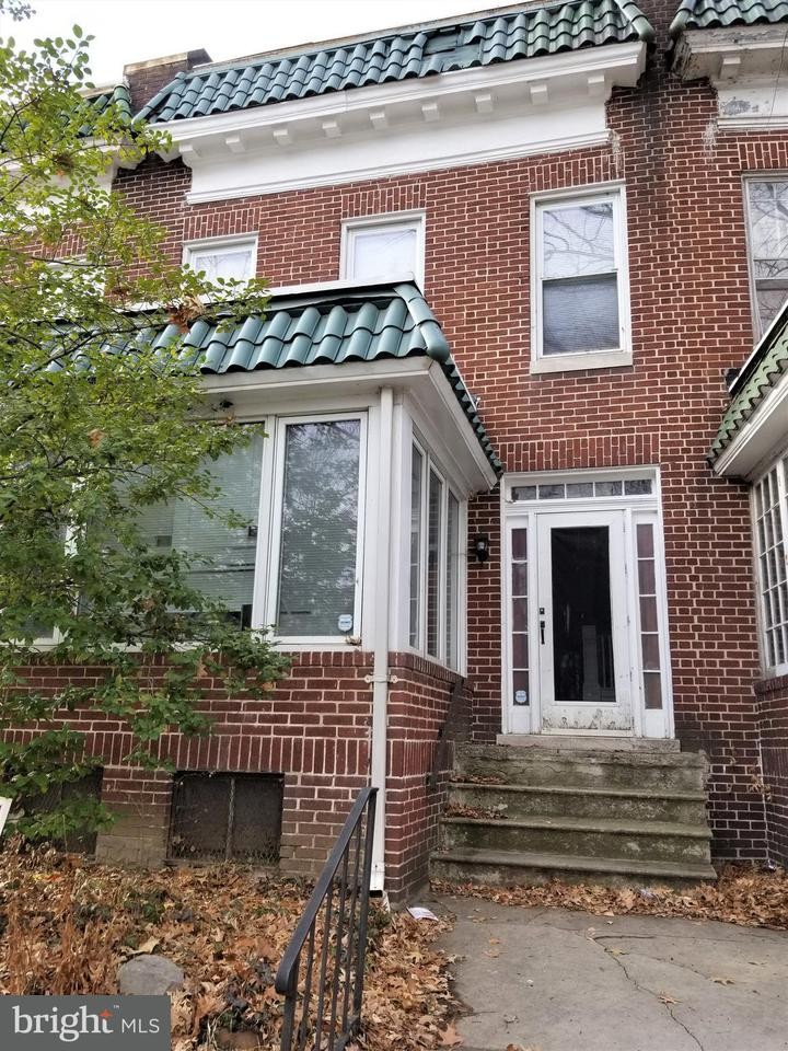 Single Family for Sale at 3208 Ellerslie Ave Baltimore, Maryland 21218 United States