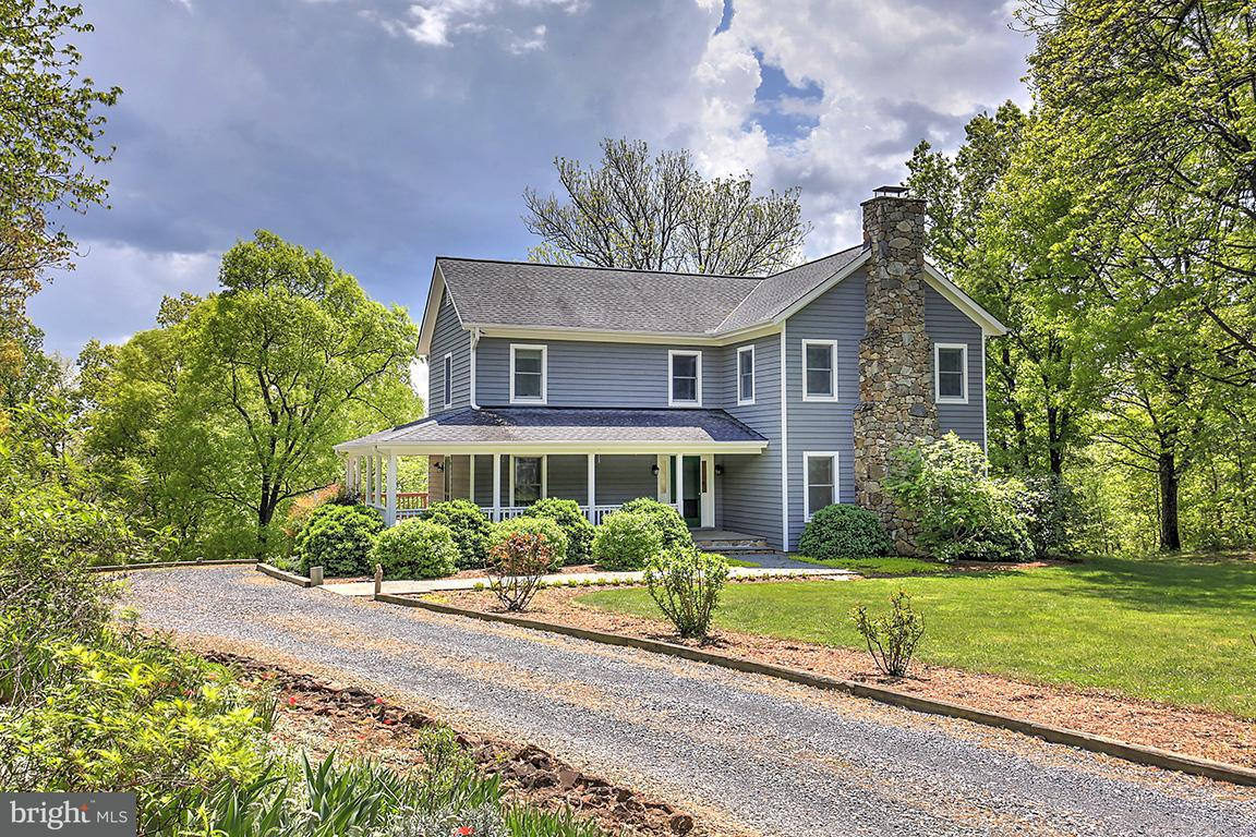 Single Family Home for Sale at 7860 Greenwood Station Road 7860 Greenwood Station Road Greenwood, Virginia 22943 United States
