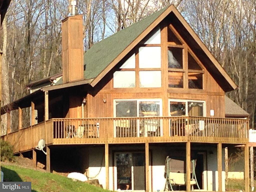 Casa Unifamiliar por un Venta en 231 Santa Fe Trail 231 Santa Fe Trail Oakland, Maryland 21550 Estados Unidos