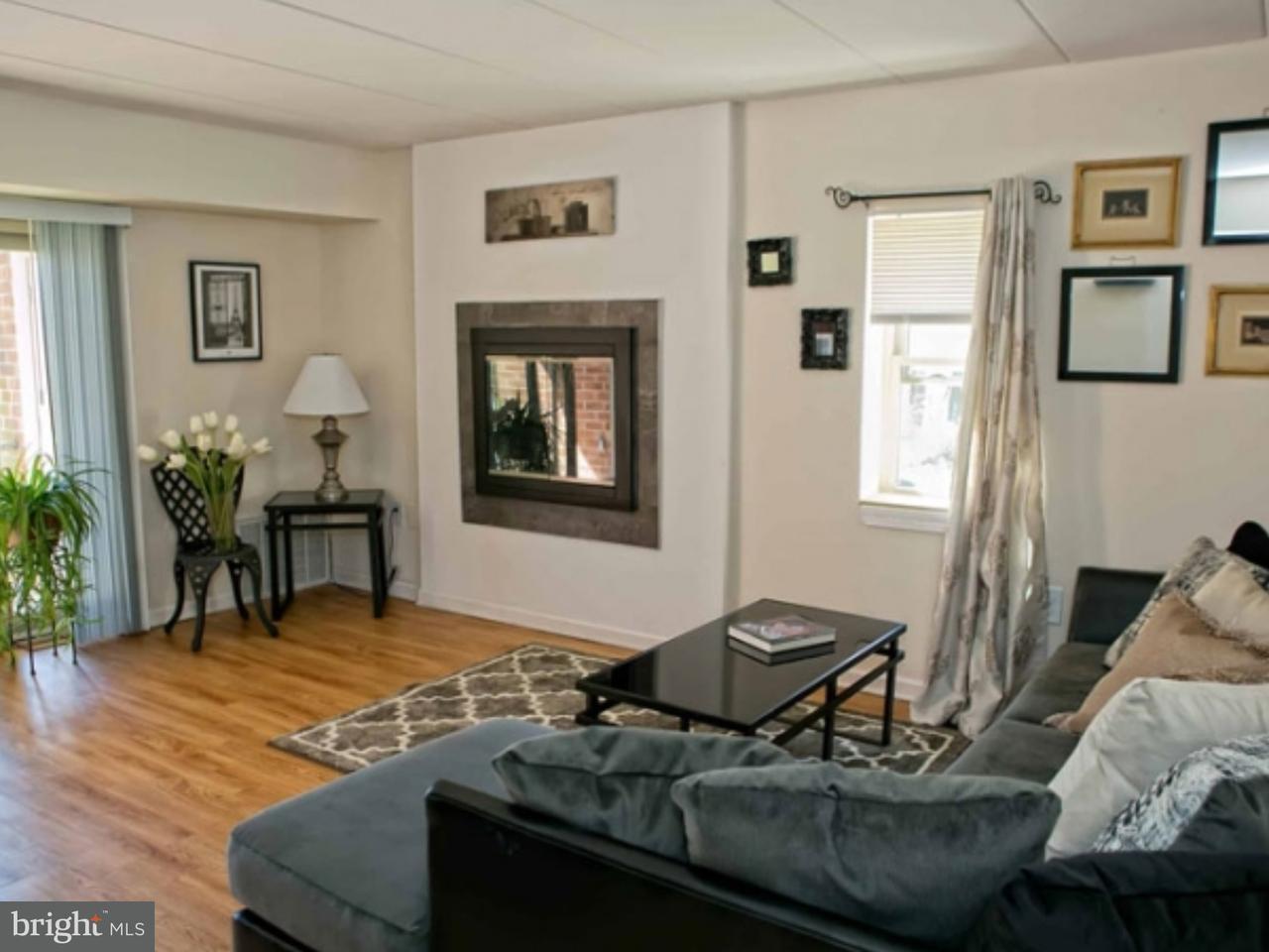 Частный односемейный дом для того Аренда на 274 GLEN RIDDLE RD #B302 Media, Пенсильвания 19063 Соединенные Штаты