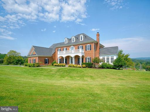 Property for sale at 22077 Oatlands Rd, Aldie,  VA 20105