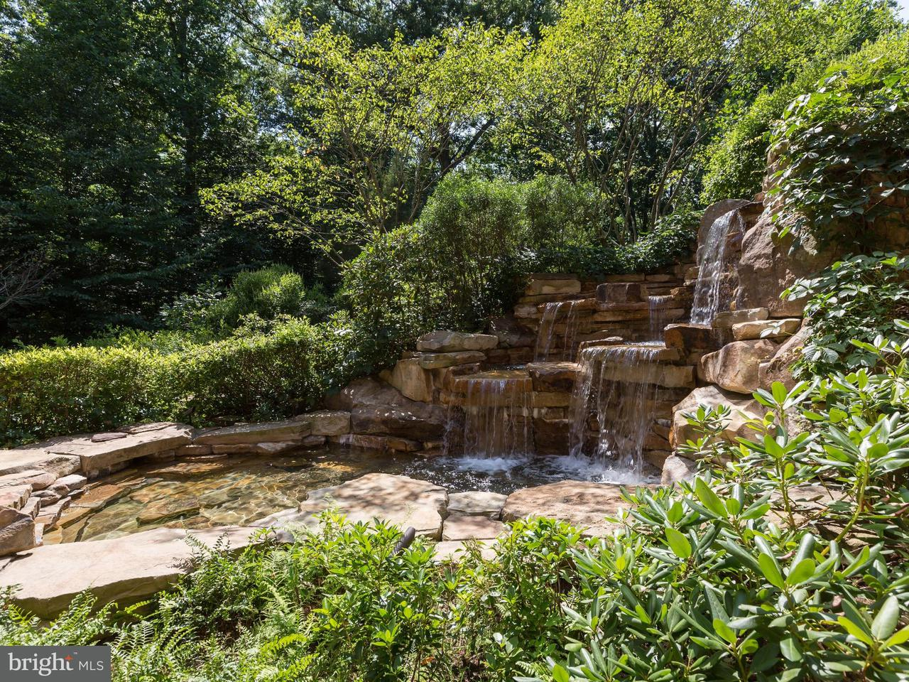 Additional photo for property listing at 8922 Jeffery Rd  Great Falls, Virginia 22066 United States