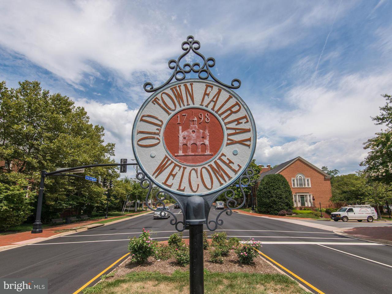 Additional photo for property listing at 3985 Norton Pl #201 3985 Norton Pl #201 Fairfax, 버지니아 22030 미국