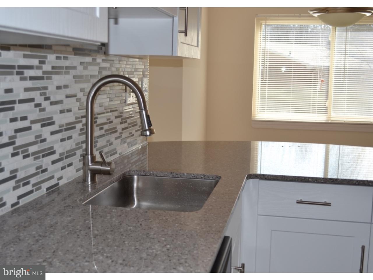 独户住宅 为 出租 在 274 GLEN RIDDLE RD #E302 Media, 宾夕法尼亚州 19063 美国