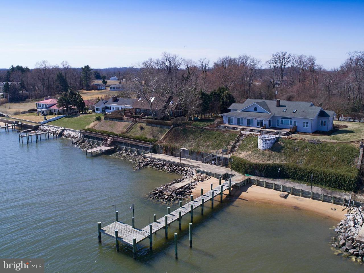 Single Family Home for Sale at 315 Bay Front Drive 315 Bay Front Drive Pasadena, Maryland 21122 United States