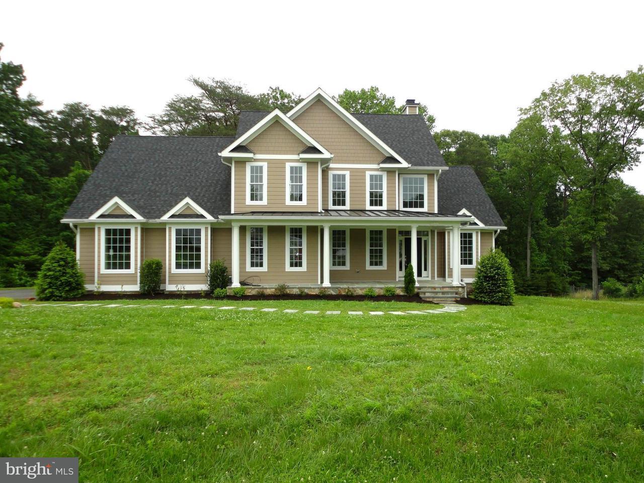 独户住宅 为 销售 在 1008 Saint Anne Lane 1008 Saint Anne Lane Millersville, 马里兰州 21108 美国