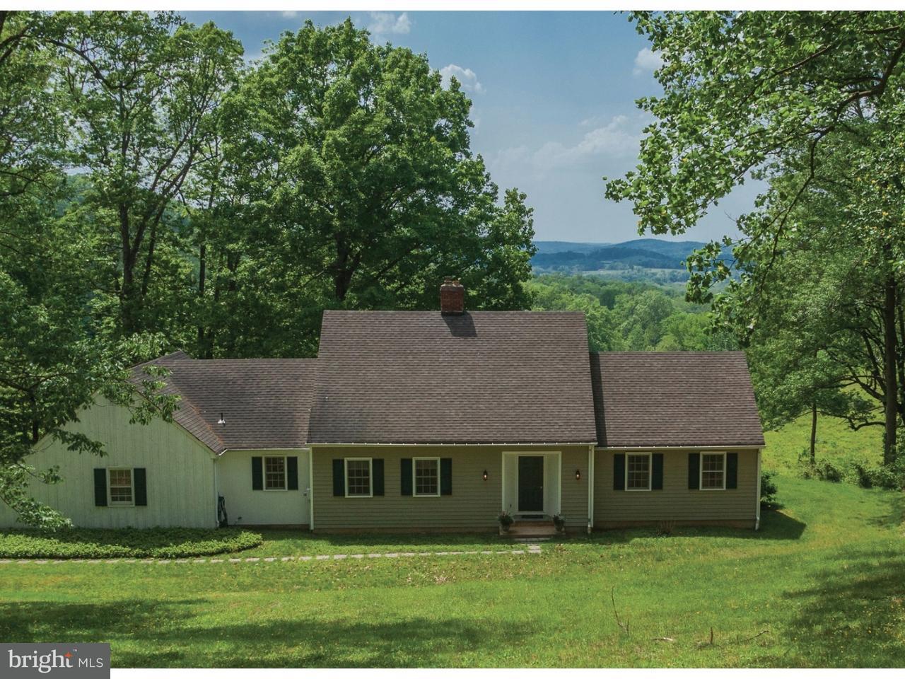 Частный односемейный дом для того Продажа на 163 PLEASANT VALLEY Road Titusville, Нью-Джерси 08560 Соединенные ШтатыВ/Около: Hopewell Township
