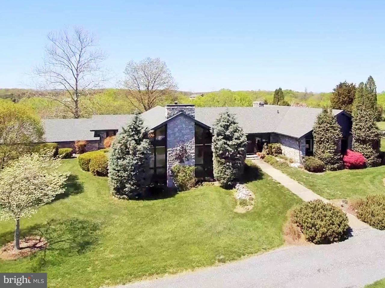 Casa Unifamiliar por un Venta en 643 Lander Lane 643 Lander Lane Berryville, Virginia 22611 Estados Unidos