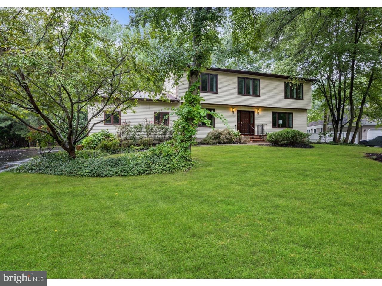 Casa Unifamiliar por un Alquiler en 29 BENFORD Drive West Windsor, Nueva Jersey 08550 Estados UnidosEn/Alrededor: West Windsor Twp