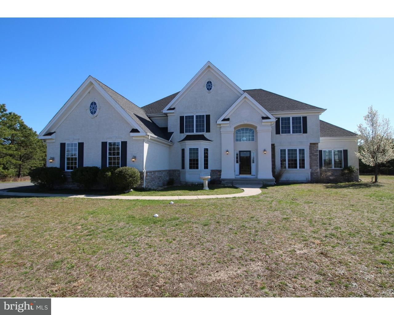 Single Family Home for Sale at 35 OXFORD Circle Southampton, New Jersey 08088 United States