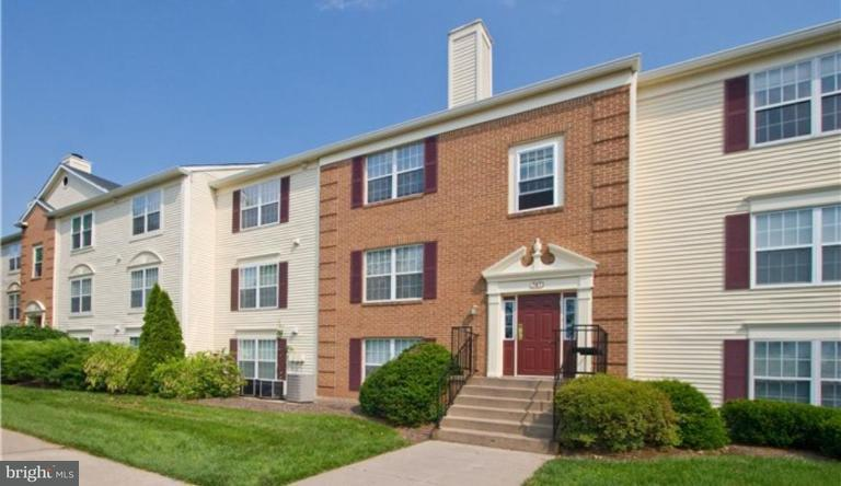 Condominium for Rent at 703 Clark Ct NE Leesburg, Virginia 20176 United States