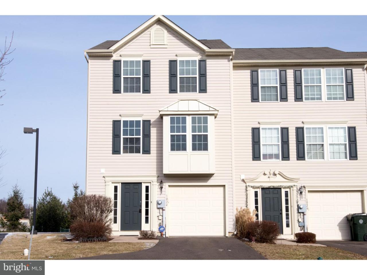 联栋屋 为 销售 在 1024 SPARROW WAY #50 Breinigsville, 宾夕法尼亚州 18106 美国