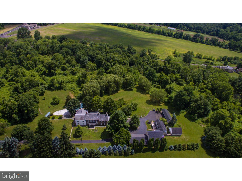 Casa Unifamiliar por un Venta en 841 DURHAM Road Newtown, Pennsylvania 18940 Estados Unidos