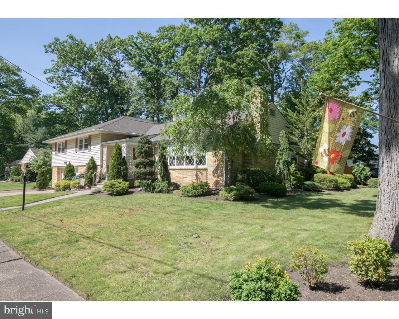 Maison unifamiliale pour l Vente à 507 ESTAUGH Avenue Haddon Township, New Jersey 08108 États-Unis