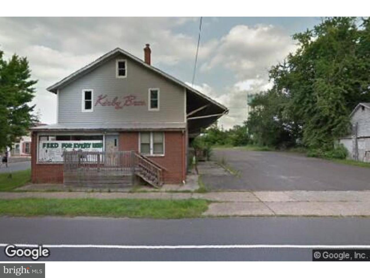 Maison unifamiliale pour l Vente à 67 N MAIN Street Medford Township, New Jersey 08055 États-Unis