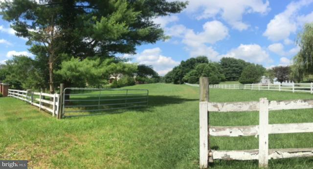 Land for Sale at 11514 Highland Farm Road 11514 Highland Farm Road Rockville, Maryland 20854 United States