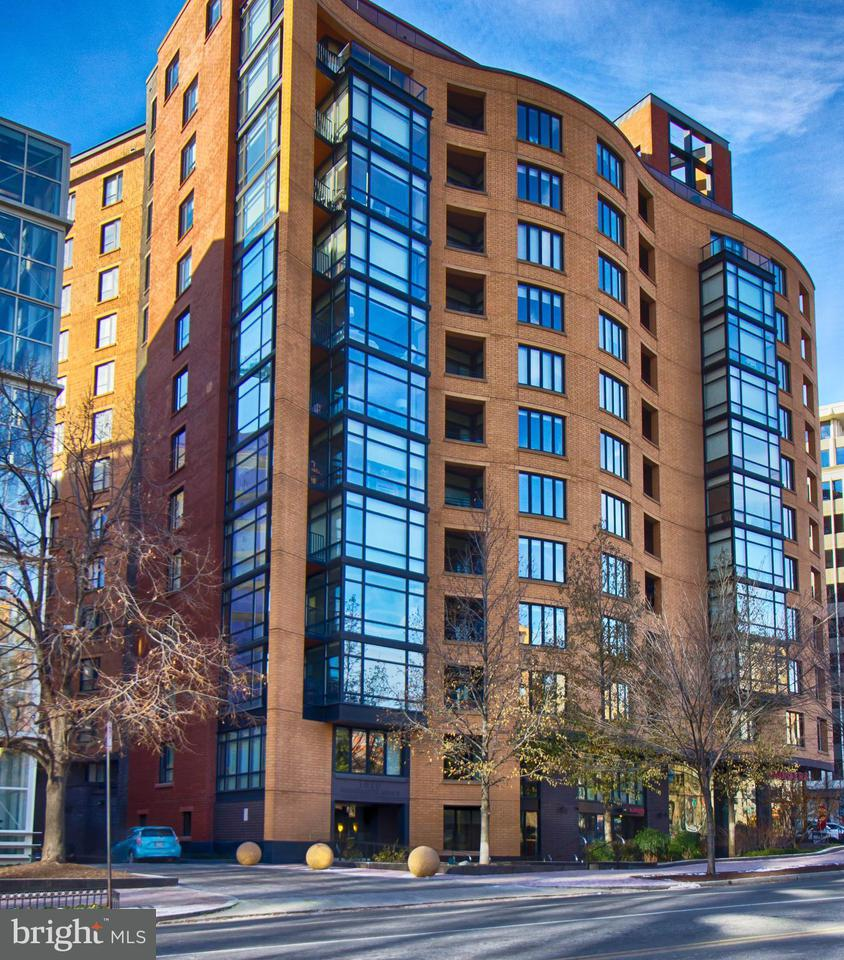Condominium for Rent at 1010 Massachusetts Ave NW #811 Washington, District Of Columbia 20001 United States