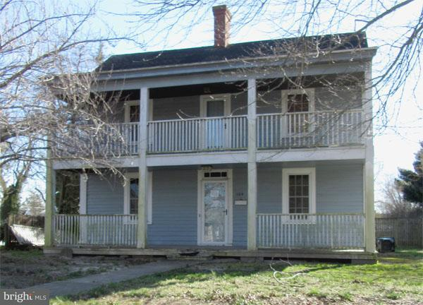 Single Family for Sale at 104 Bay St S Snow Hill, Maryland 21863 United States