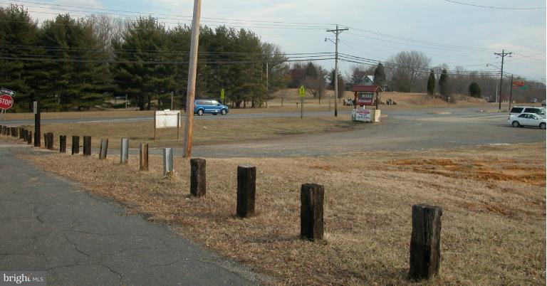Land voor Verkoop een t 10 Hillside Court 10 Hillside Court Huntingtown, Maryland 20639 Verenigde Staten