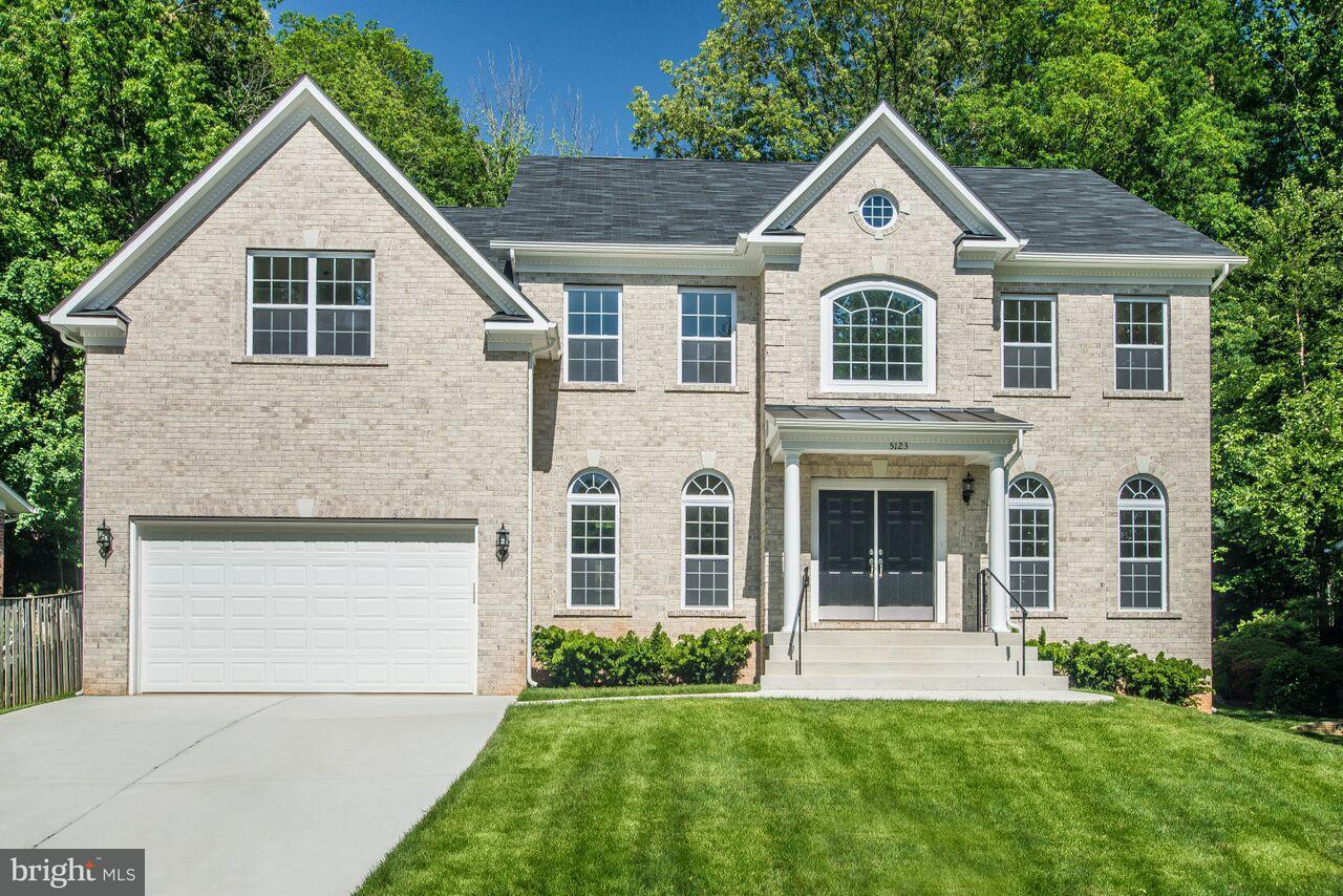 Single Family Home for Sale at 5123 Gainsborough Drive 5123 Gainsborough Drive Fairfax, Virginia 22032 United States
