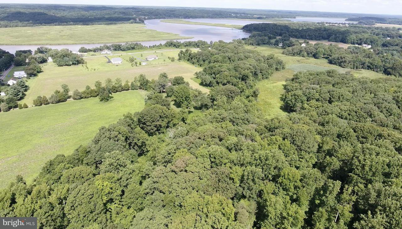 Additional photo for property listing at 3805 Lower Marlboro Rd  Owings, Maryland 20736 United States