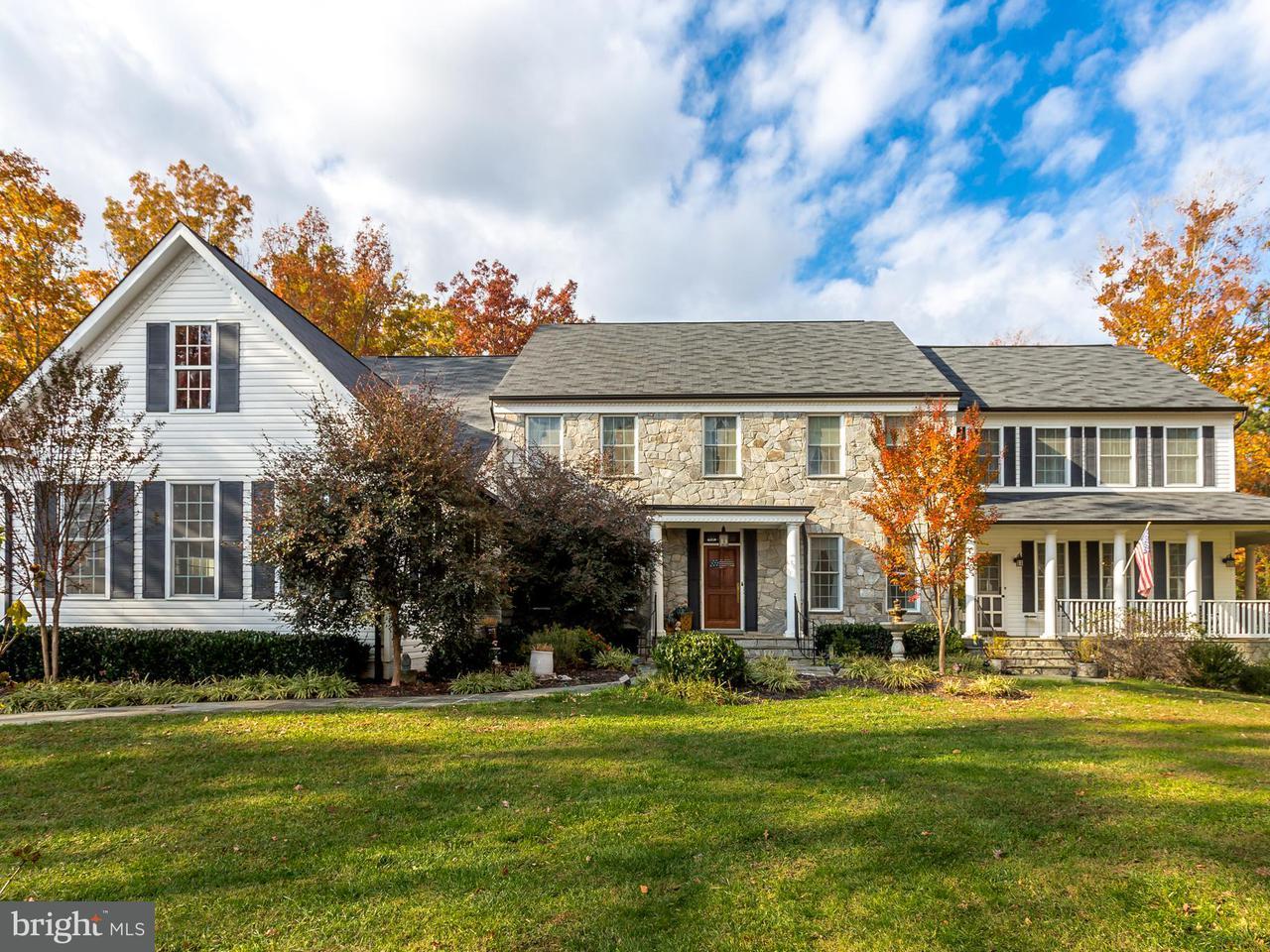 獨棟家庭住宅 為 出售 在 100 Falling Creek Drive 100 Falling Creek Drive Stafford, 弗吉尼亞州 22554 美國