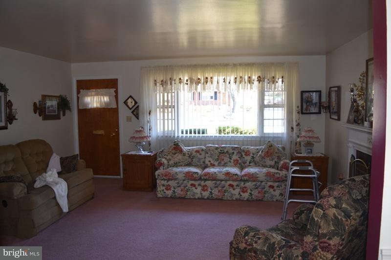 Additional photo for property listing at 4106 Berritt Street 4106 Berritt Street Fairfax, Virginia 22030 Verenigde Staten