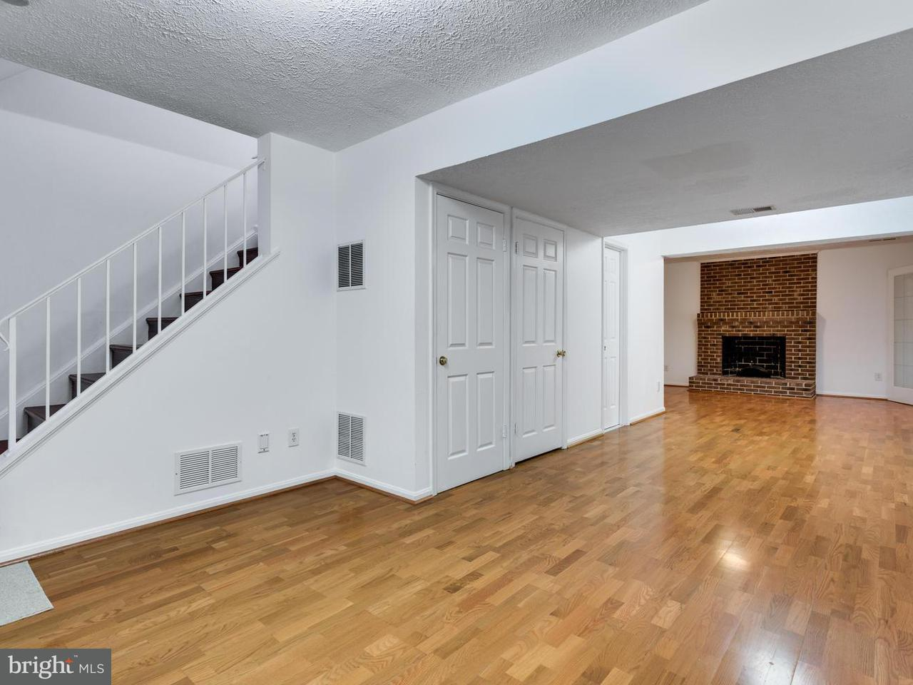 Additional photo for property listing at 6860 Chelsea Road 6860 Chelsea Road McLean, Virginia 22101 United States