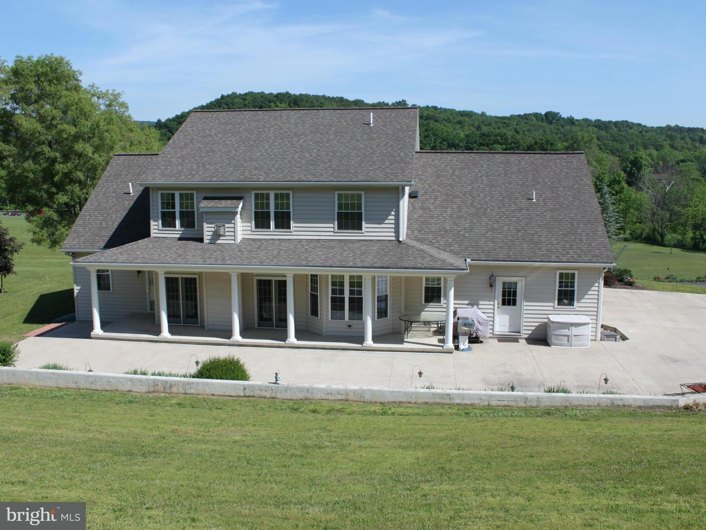 Single Family for Sale at 10846 Beaver Ln Huntingdon, Pennsylvania 16652 United States