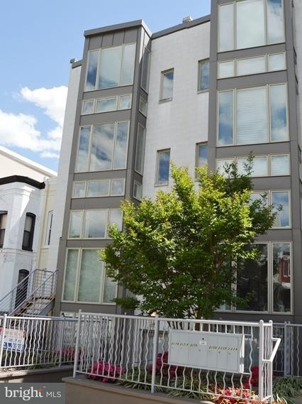 Townhouse for Sale at 227 R St Ne #A 227 R St Ne #A Washington, District Of Columbia 20002 United States