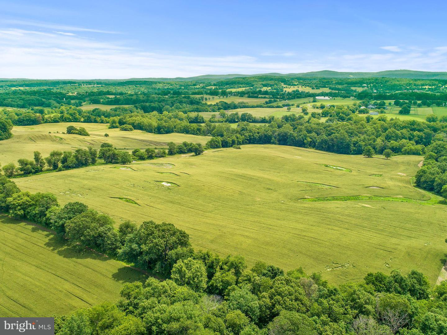 Land for Sale at Five Points Rd The Plains, Virginia 20198 United States