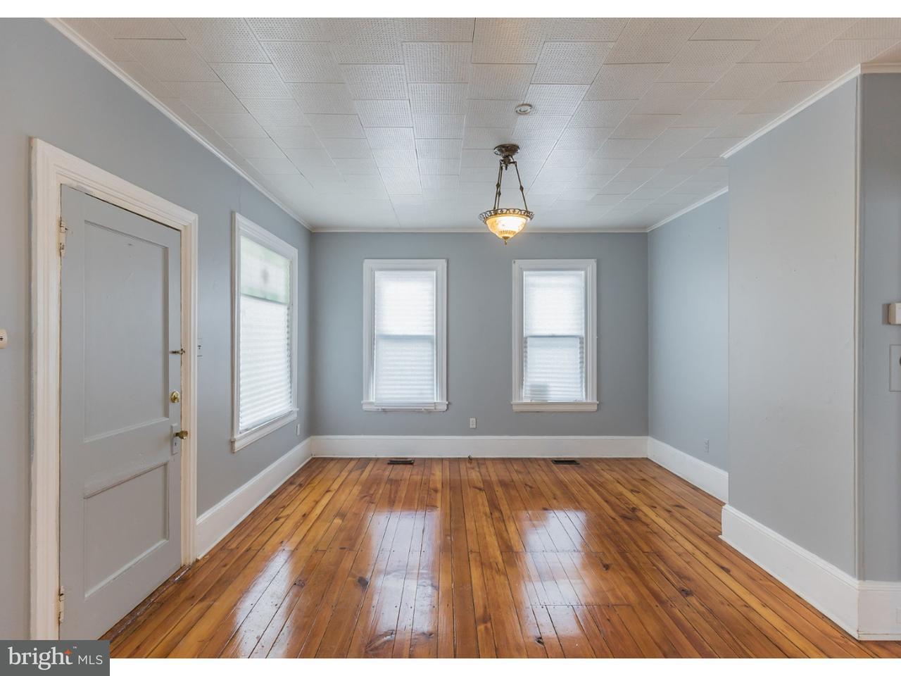 Частный односемейный дом для того Аренда на 19 S MAIN ST #A-DOWN Mullica Hill, Нью-Джерси 08062 Соединенные Штаты