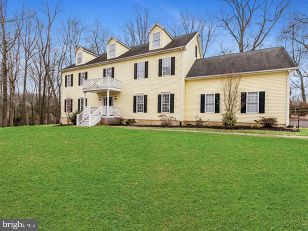 獨棟家庭住宅 為 出售 在 7517 New Cut Road 7517 New Cut Road Kingsville, 馬里蘭州 21087 美國