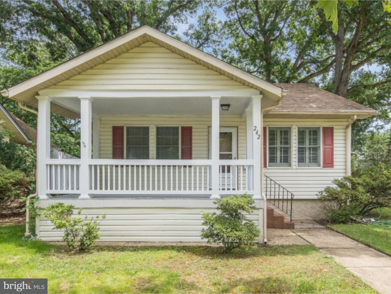 Частный односемейный дом для того Продажа на 242 OAK Street Audubon, Нью-Джерси 08106 Соединенные Штаты