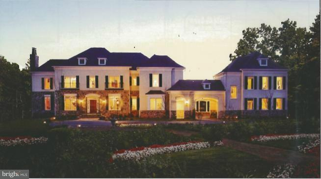 Casa Unifamiliar por un Venta en 11205 Gunston Road 11205 Gunston Road Lorton, Virginia 22079 Estados Unidos