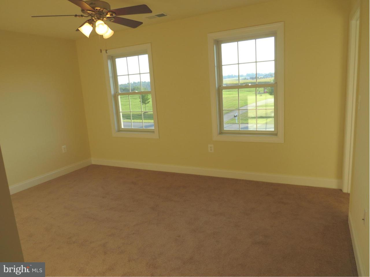 Additional photo for property listing at 1590 Quiet Meadow Way 1590 Quiet Meadow Way Hampstead, メリーランド 21074 アメリカ合衆国