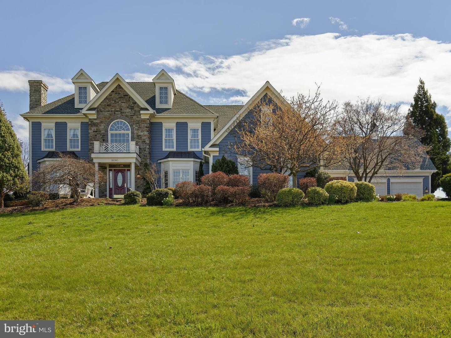 Single Family for Sale at 16080 Gold Cup Ln Paeonian Springs, Virginia 20129 United States