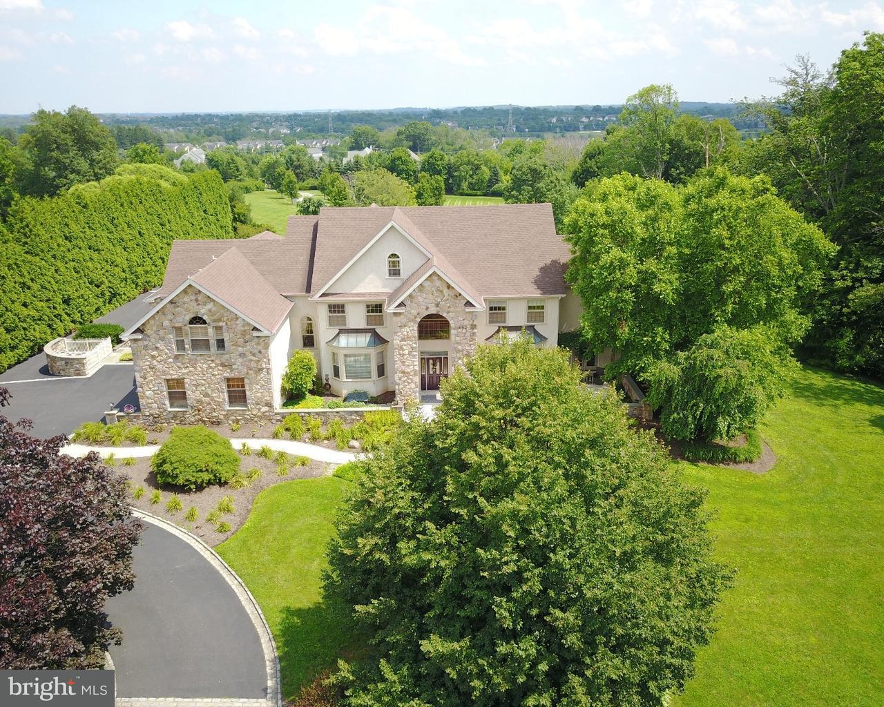 Casa Unifamiliar por un Venta en 2565 COLD SPRING Road Lansdale, Pennsylvania 19446 Estados Unidos