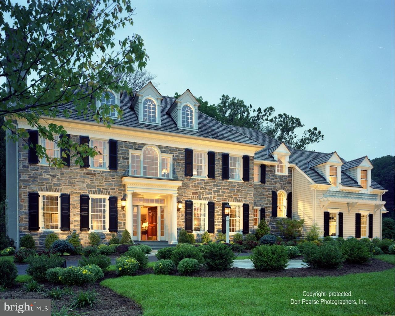 Maison unifamiliale pour l Vente à 1501 HIGHGROVE Lane Malvern, Pennsylvanie 19355 États-Unis