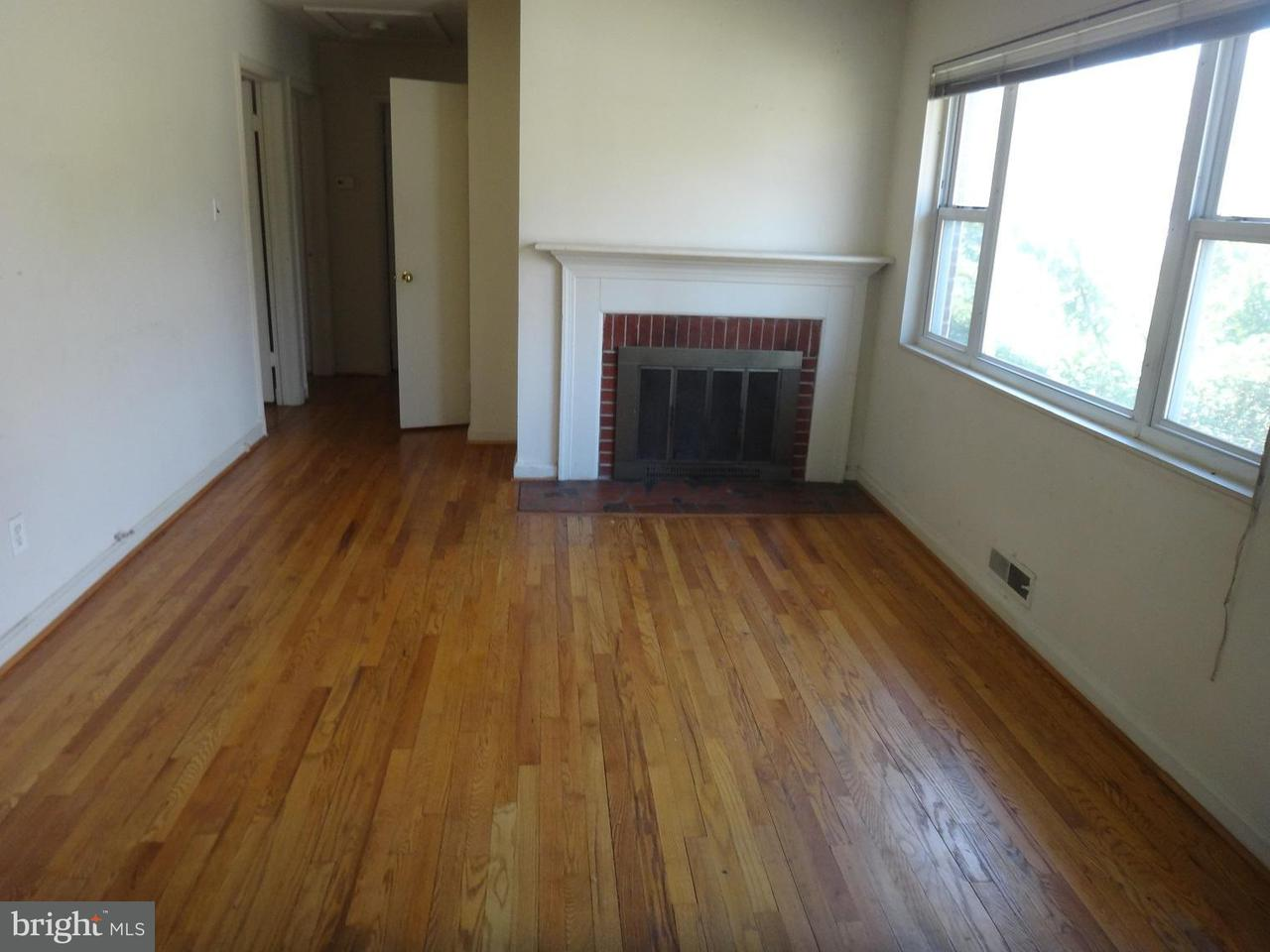 Additional photo for property listing at 423 Sherrow Avenue 423 Sherrow Avenue Falls Church, Virginia 22046 Vereinigte Staaten
