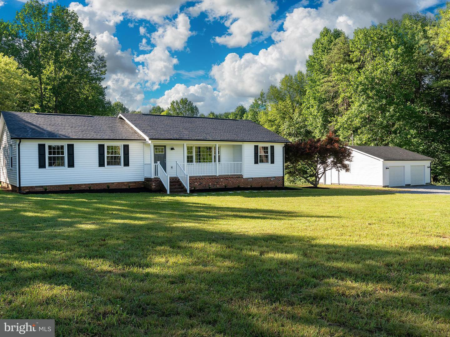 Single Family for Sale at 20465 Anderson Mill Rd Beaverdam, Virginia 23015 United States