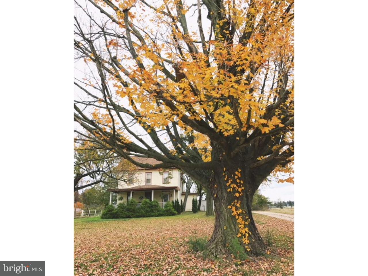 Частный односемейный дом для того Продажа на 567 ELDRIDGES HILL Road Pilesgrove, Нью-Джерси 08098 Соединенные Штаты