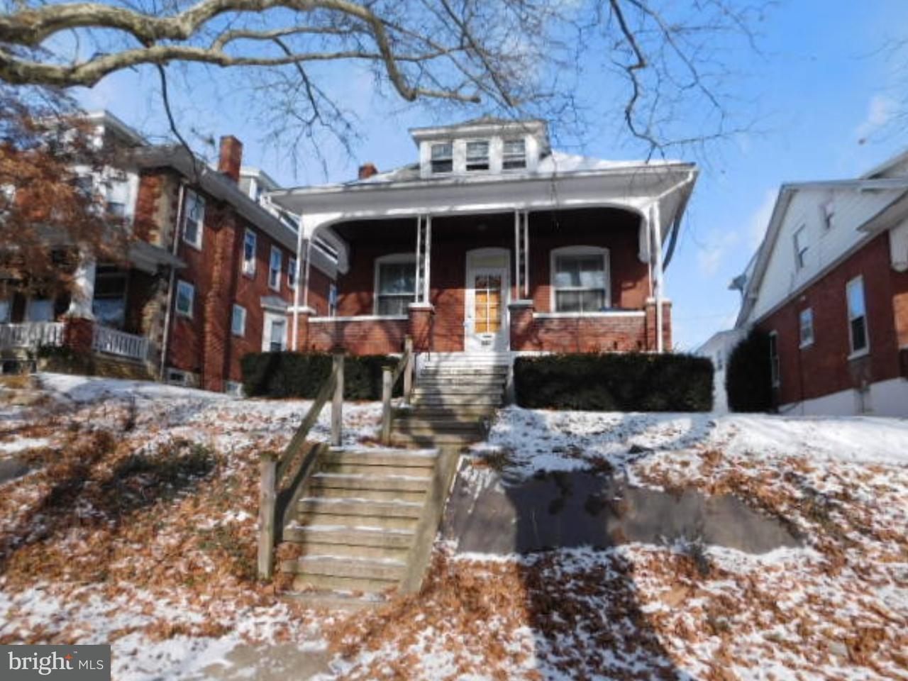 Частный односемейный дом для того Продажа на 2415 PENN Avenue West Lawn, Пенсильвания 19609 Соединенные Штаты