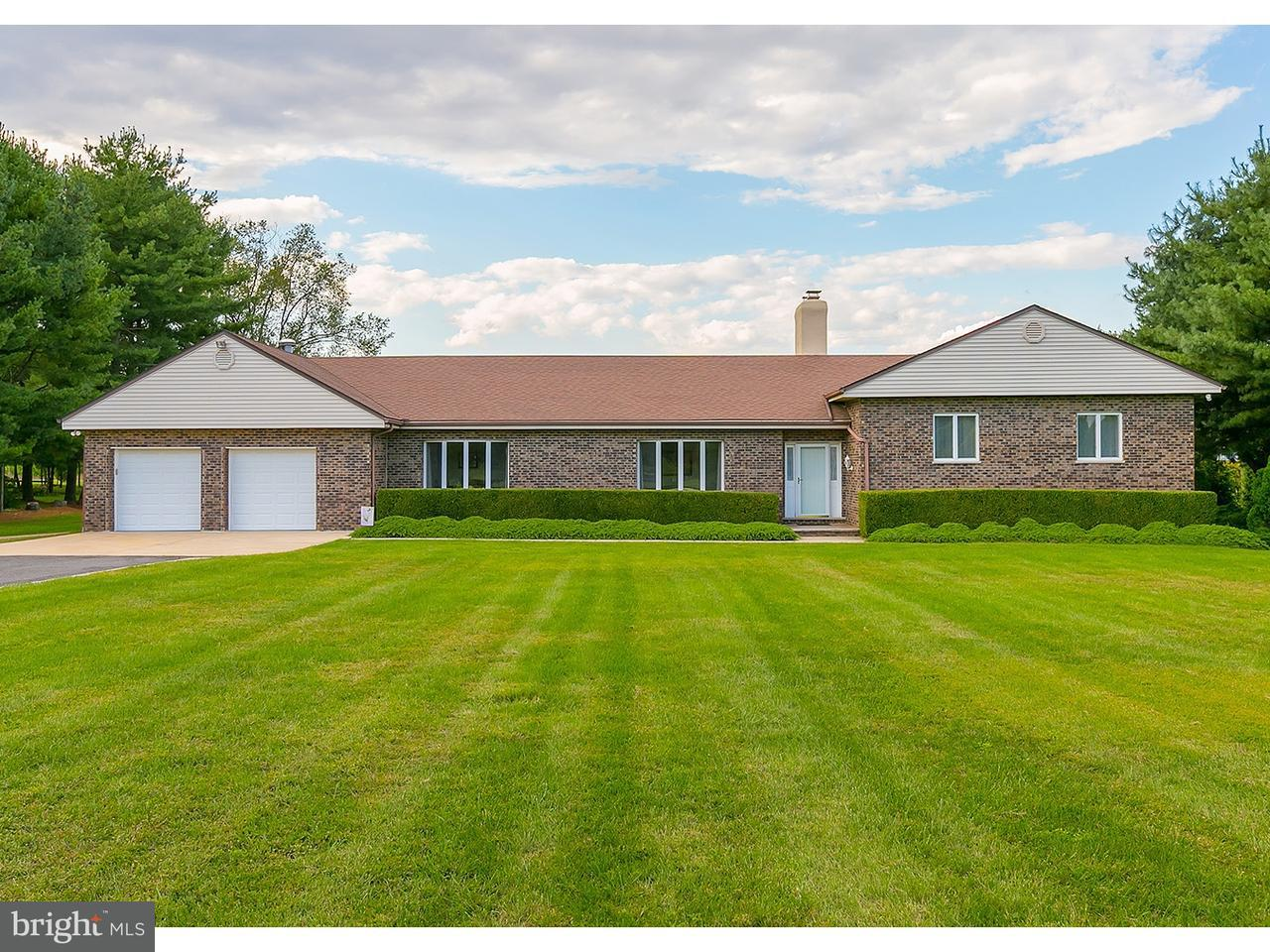 Частный односемейный дом для того Продажа на 643 DUTCH MILL Road Franklinville, Нью-Джерси 08344 Соединенные ШтатыВ/Около: Franklin Township