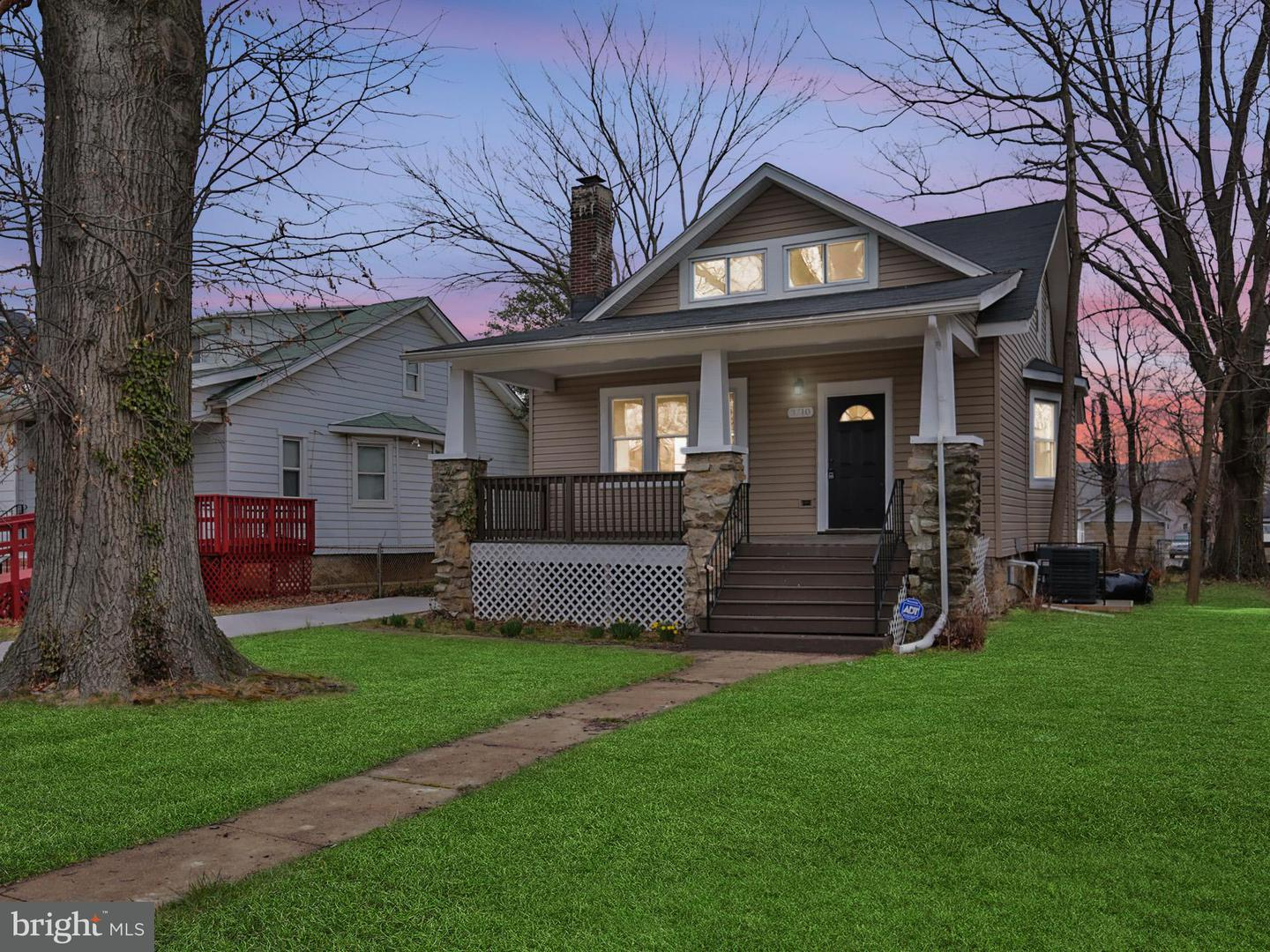 Single Family for Sale at 3710 Barrington Rd Baltimore, Maryland 21215 United States